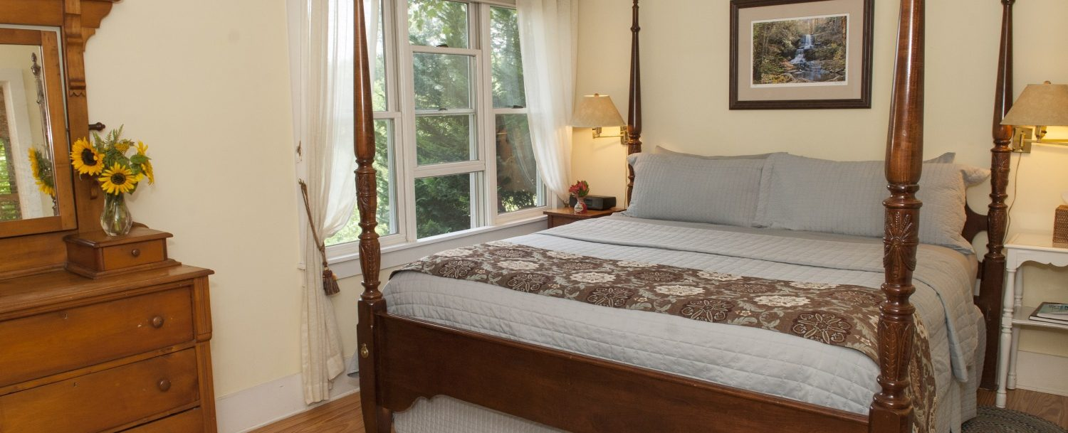 Holly Cottage Bedroom