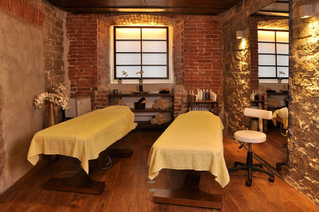 Spa Services for Couples Near Asheville