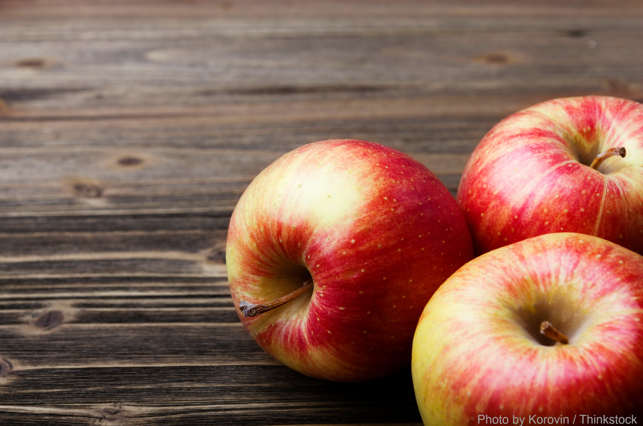 Enjoy fresh NC apples at the Hendersonville Apple Festival