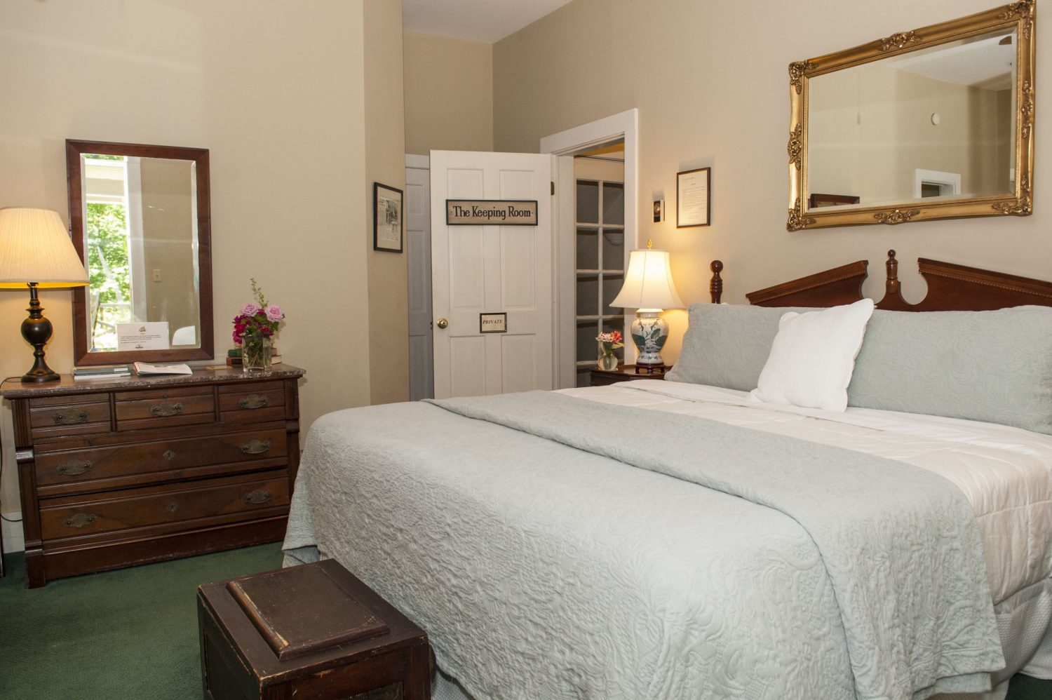 Unwind in the Keeping Room