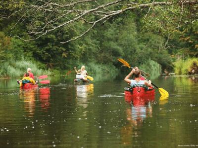 kayaking in western north carolina on the river